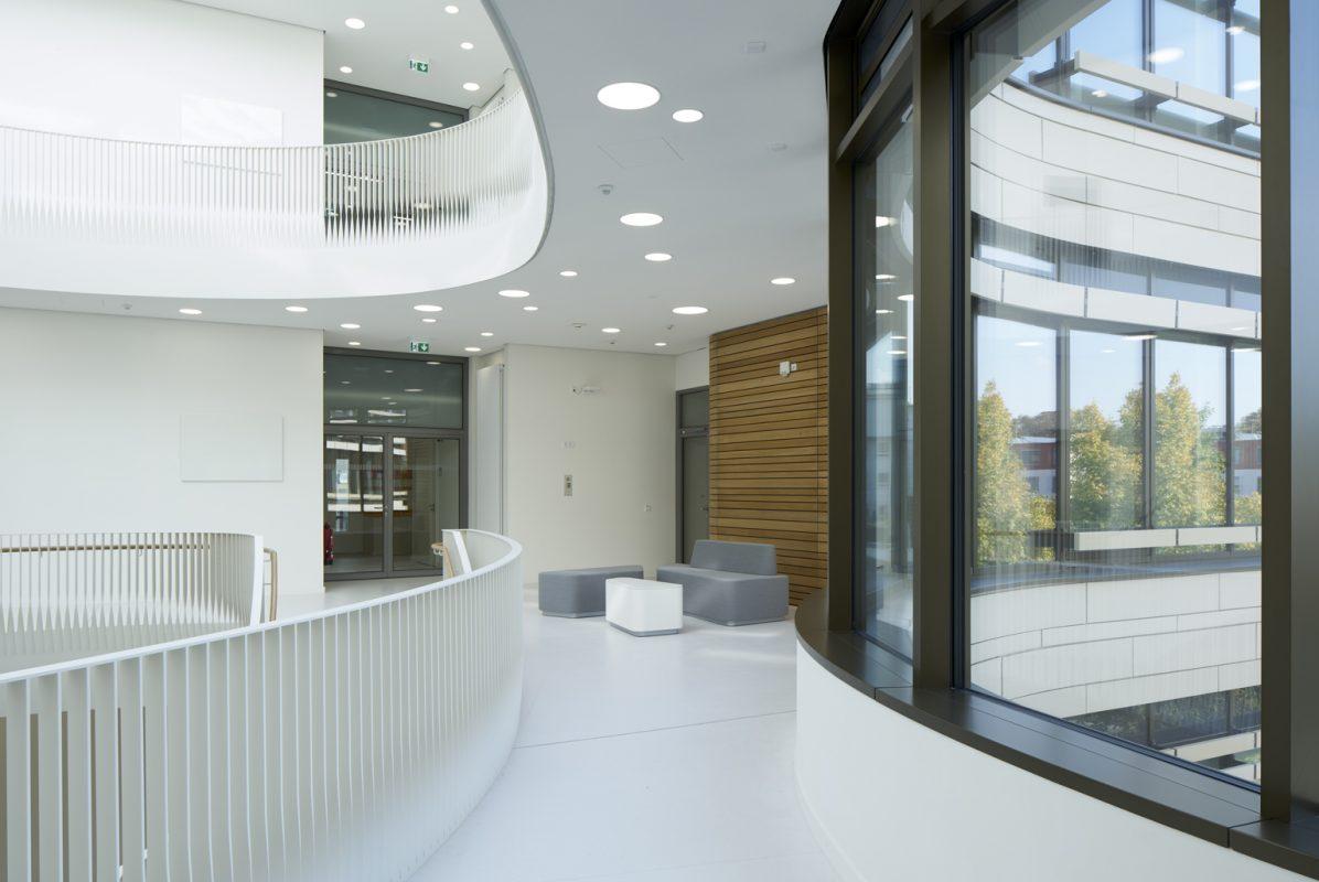 Stiegengeländer Fenster TranslaTUM Klinikum Rechts der Isar München