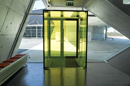 Wiener Linien, Leopoldau Eingang Innenansicht
