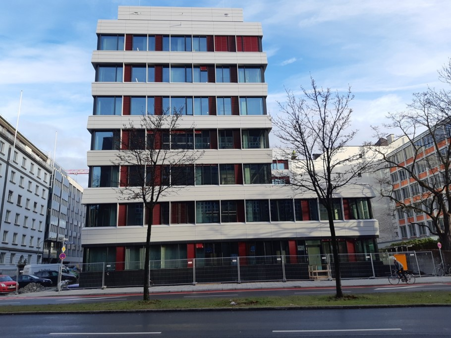 Axa Denisstraße München Fassade